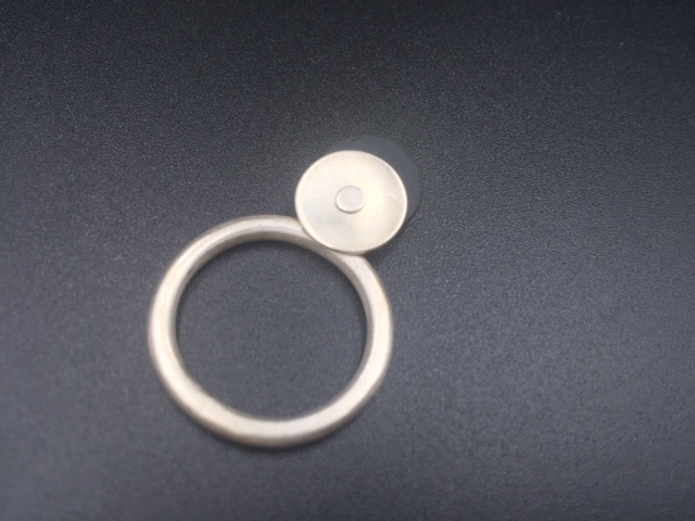 Ring Zilver-rubber klein rondjes